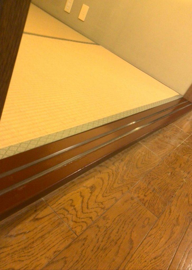 大田区 敷居下枠塗装工事
