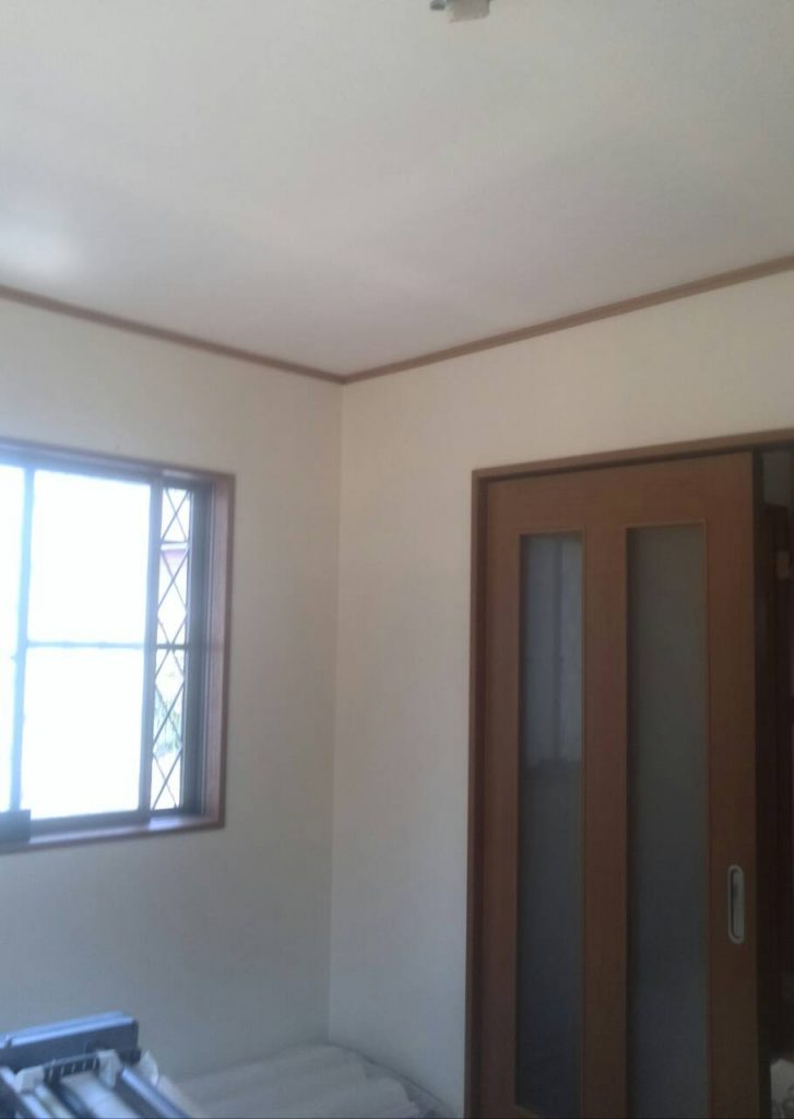 世田谷区 洗面所・トイレ壁紙張替え工事