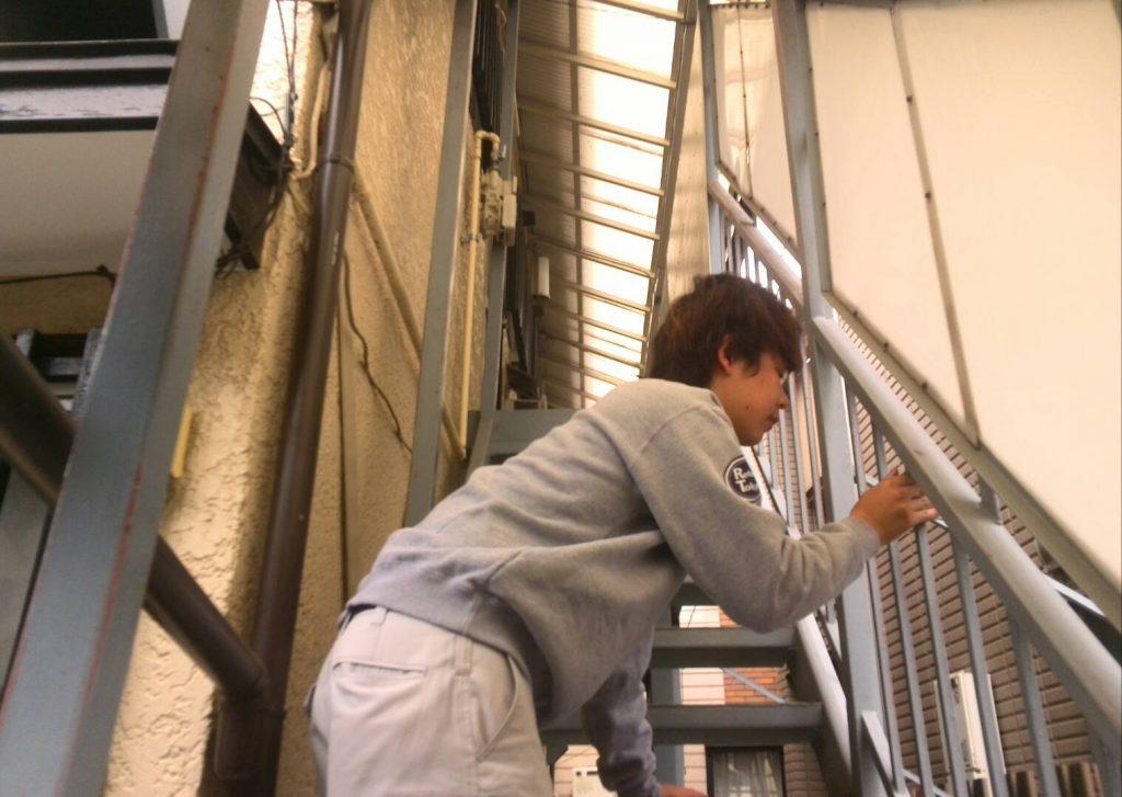 川崎市中原区 鉄骨階段塗装 下地処理