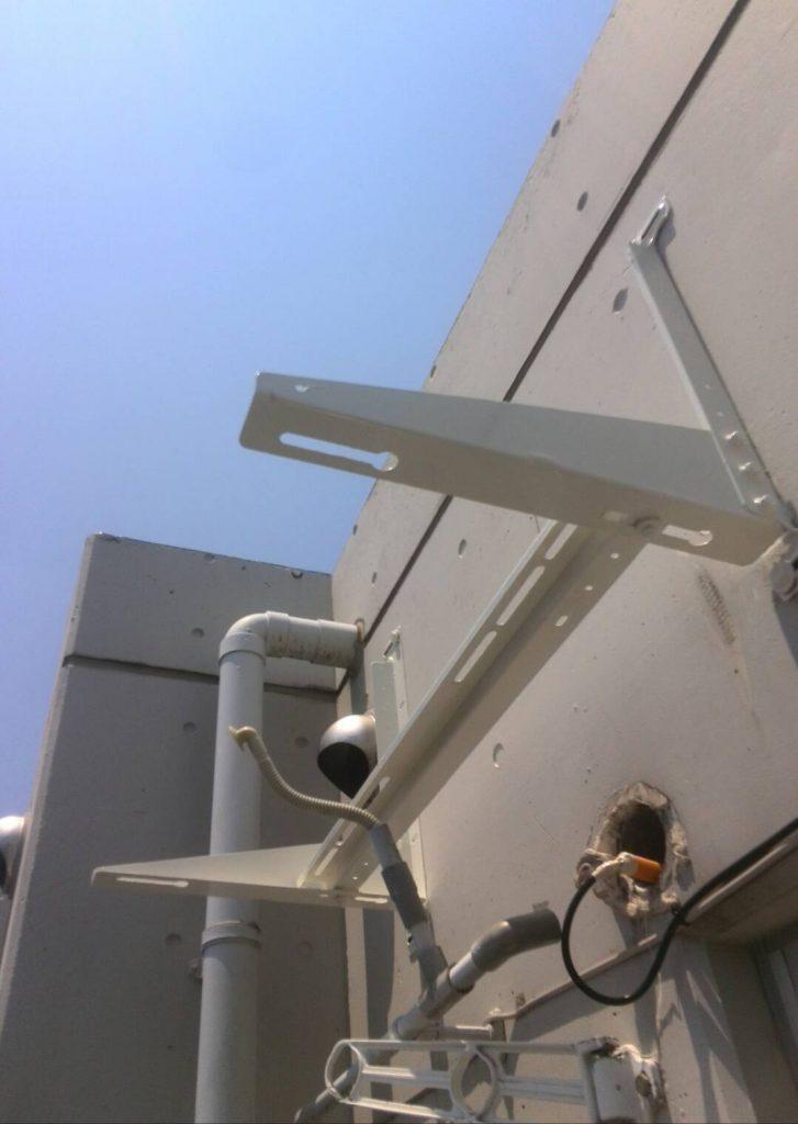 品川区 エアコン吊り台・手すり塗装工事