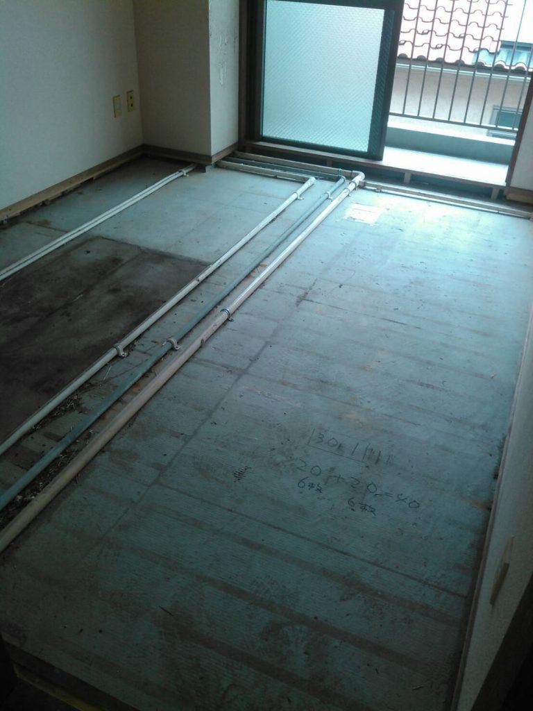 川崎市中原区 和室床ベニヤ張り工事