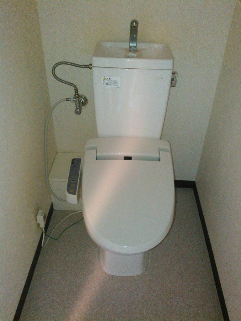 川崎市中原区 トイレ普通便座交換工事