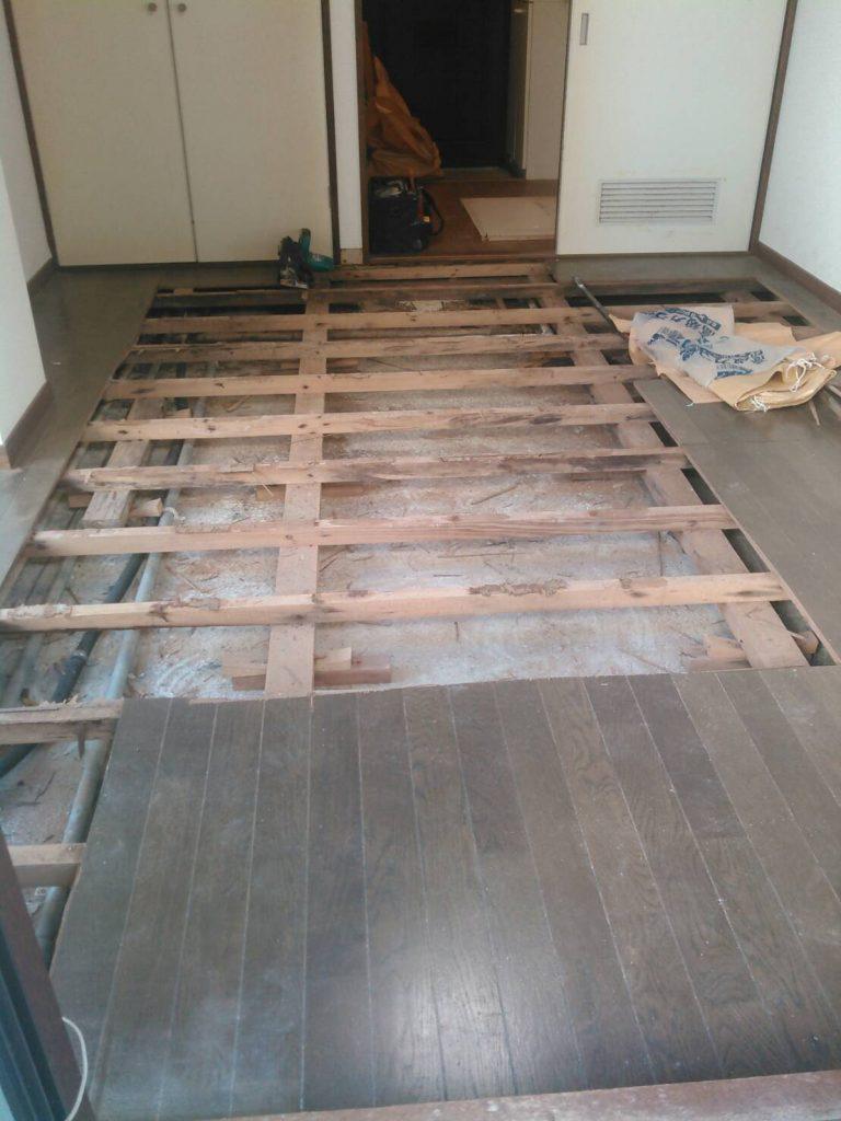 品川区 ミニキッチン・洋室フローリング撤去工事