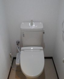 川崎市高津区 トイレ交換工事
